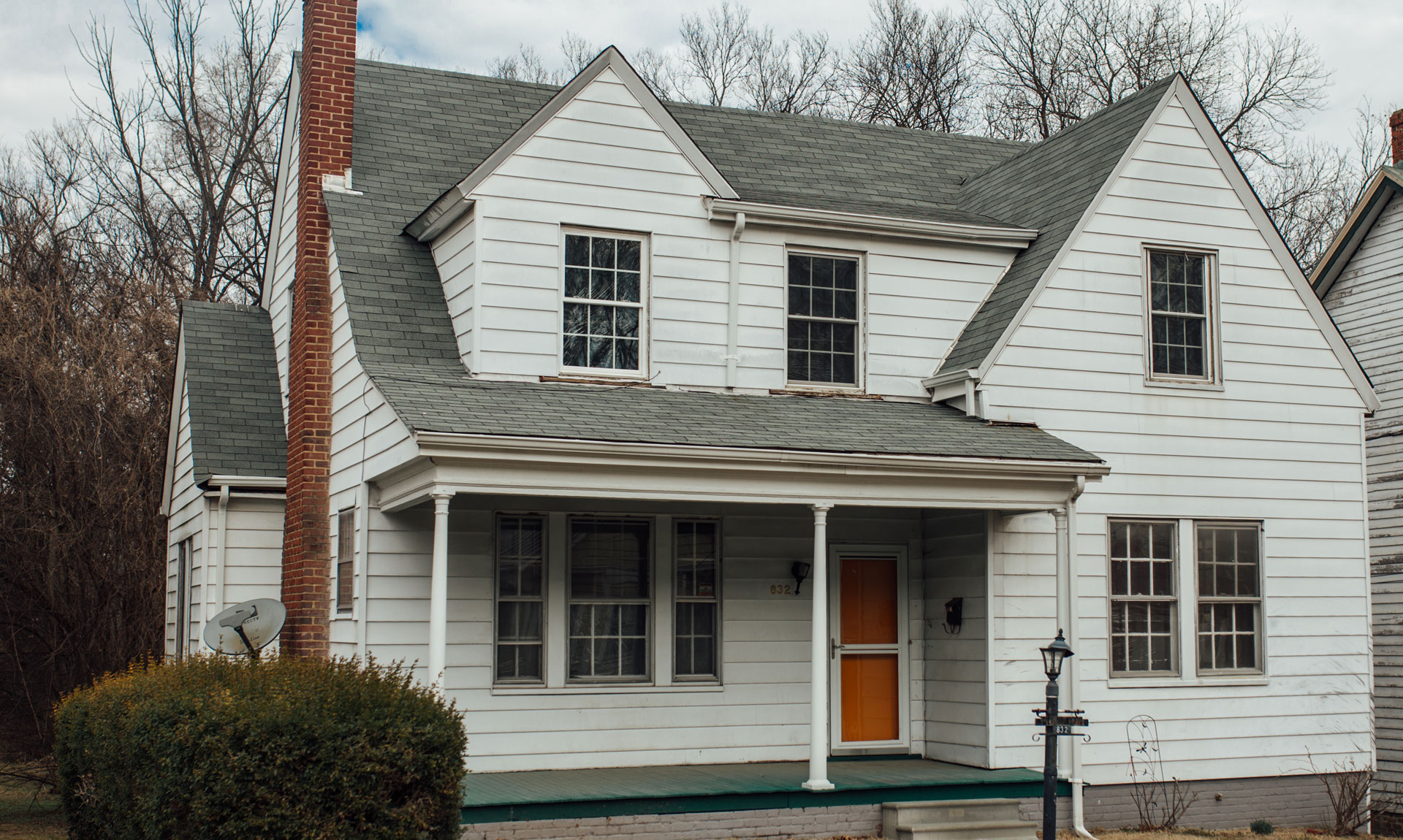 832 Pine Street