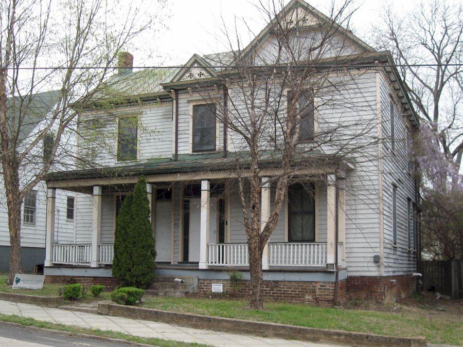 830 Pine Street