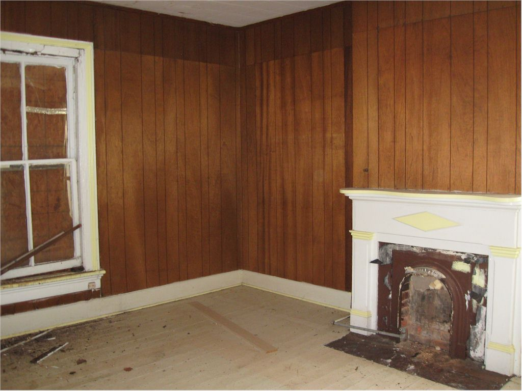 Upstairs Parlor