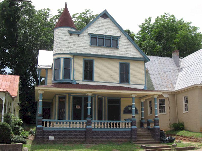 126 Chestnut Street