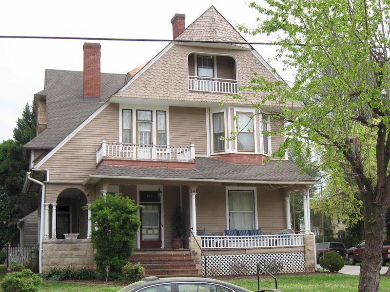169 Holbrook Avenue