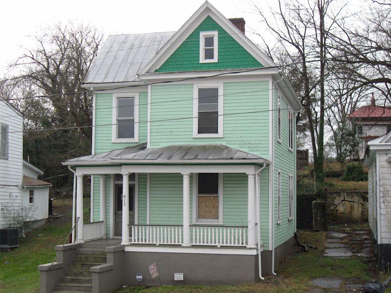 815 Pine Street